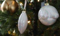 Anissa Kermiche a její vánoční ozdoby Pornament Baubles Trio