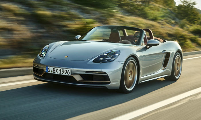 Porsche Boxster slaví 25 let limitovanou edicí sinteriérem včervené kůži