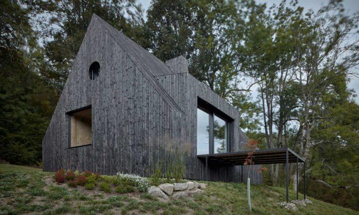 V severních Čechách vyrostla stylová chata pod Bukovou odateliéru Mjölk
