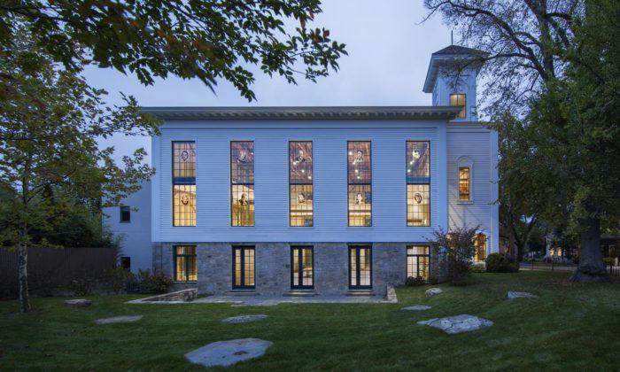 Starý dřevěný kostel vNew Yorku seproměnil nakreativní centrum