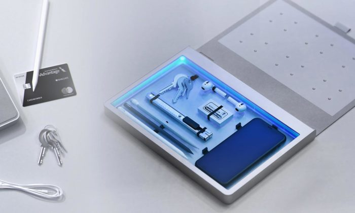 Studenti průmyslového designu naUMPRUM navrhli pomocníky pro dezinfikování