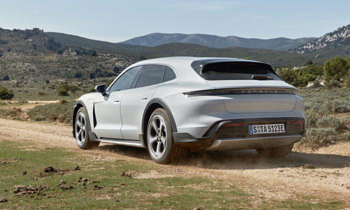 Porsche Taycan Cross Turismo jeelektrický kombík idodrsnějšího terénu