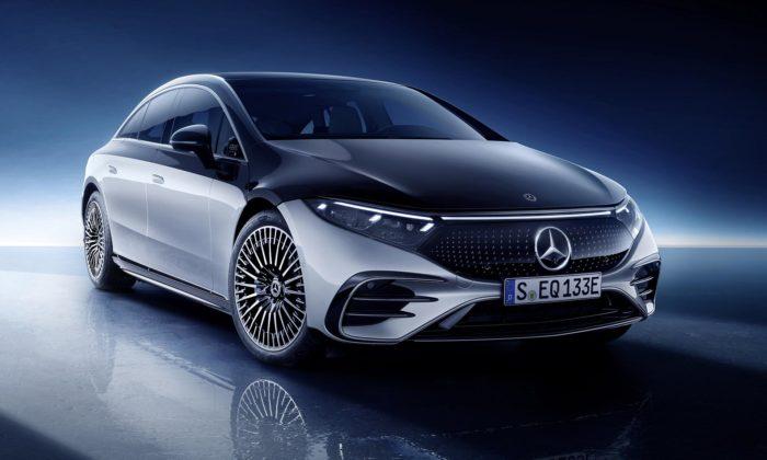 Mercedes-Benz jeluxusní elektrický sedan EQS svýrazně aerodynamickým designem