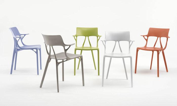 Philippe Starck vytvořil pro Kartell židli A.I. Chair navrženou umělou inteligencí