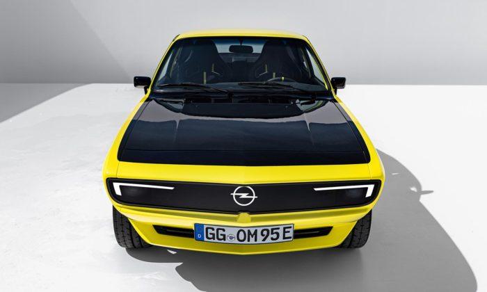 Ikonický sporťák Opel Manta jezpět jako elektricky poháněný GSe ElektroMOD