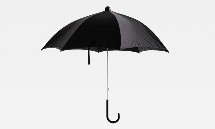 Italské studio Pocodisegno navrhlo extra odolný alehce opravitelný deštník