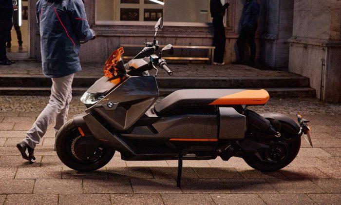 BMW proměnilo stylový koncept vezdařilý futuristický elektrický skútr CE 04