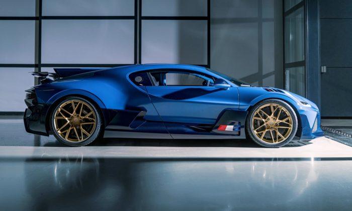 Bugatti dalo poslednímu ze 40 limitovaných hypersportů Divo závodnické barvy