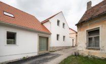 Dům na Kozině ve městě Trhové Sviny od Ateliéru 111 architekti