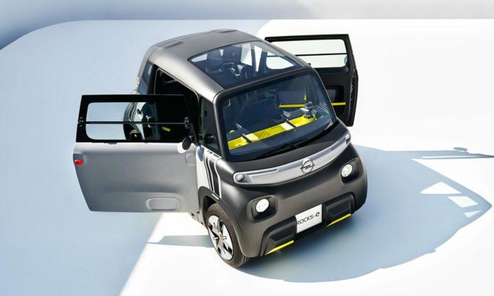 Opel Rocks-e jeminiaturní auto doměsta pro dva řiditelné od15 let