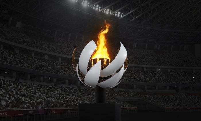 Tokijskému olympijskému ohni dalo studio Nendo tvar bílého rozkvétajícího Slunce