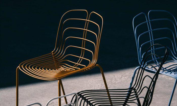 Michael Young navrhl židli Wired Chair připomínající žilky listu