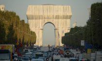 Vítězný oblouk, Zabalený podle dvojice Christo a Jeanne-Claude