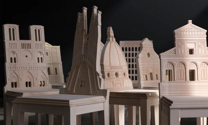 Italský designér navrhl 16 židlí sopěradly vetvaru slavných světových staveb
