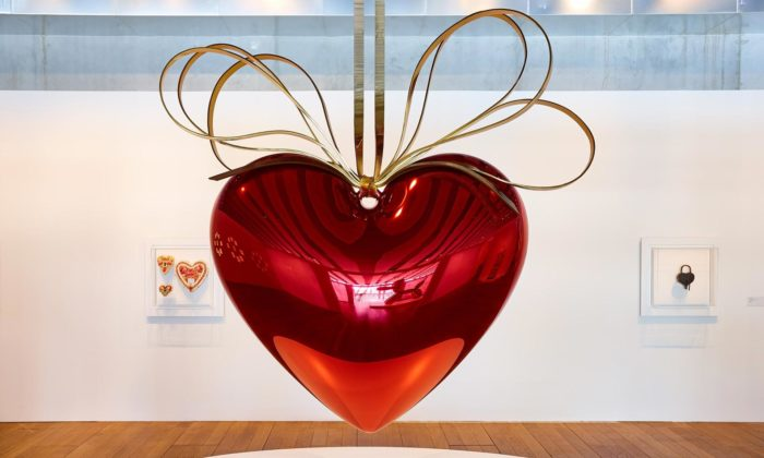 Jeff Koons vystavuje vMarseille své ikonické sochy za posledních 35 let