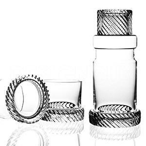 České křišťálové sklenice od britského designéra