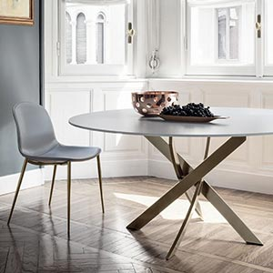 Luxusní kulatý či oválný stůl Barone od Bontempi Casa