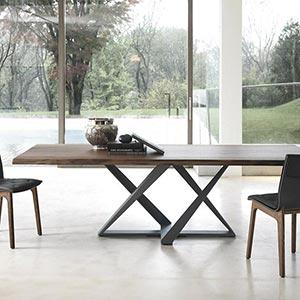 Kolekce stolů a stolků Millennium od Bontempi Casa